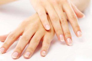 манікюр, короткі нігті, догляд за нігтями