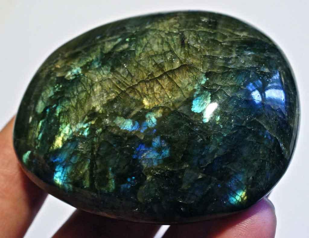 лабрадор камень, свойства камня лабрадора